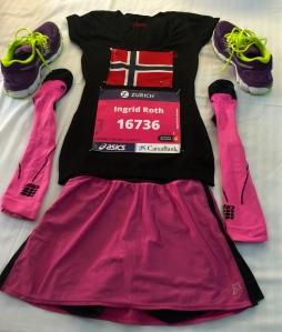 startnummer, løpeskjørt og selvsagt norsk flagg!